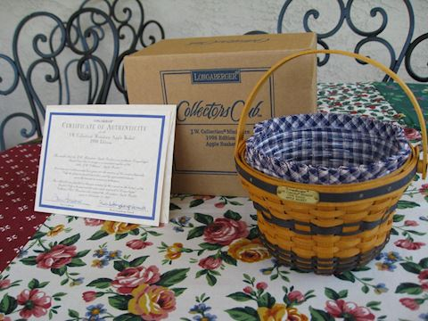 1998 JW Miniature Apple Basket