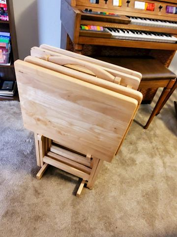 4 TV Trays with Stand