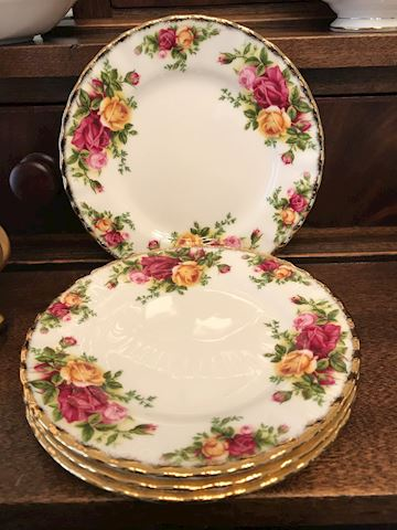 Royal Albert Old Country Roses 4 Dinner Plates