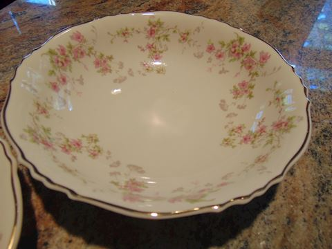Syracuse China serving pieces.  Shipping option!