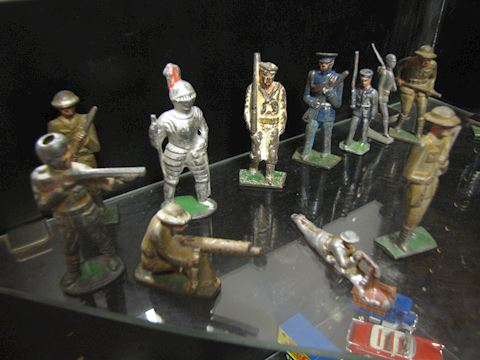 Metal Soldiers - Cast Collection of Soldiers