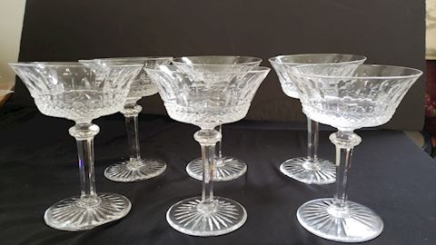 SET OF 6 TOMMY ST. LOUIS CHAMPAGNE GLASSES