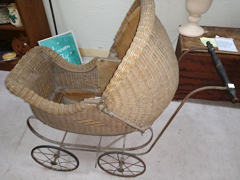 Antique Wicker Rolling Doll/Baby Carriage