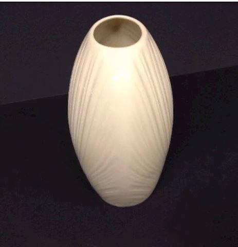 Lennnox vase