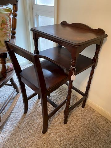 Antique Mahogany Nesting Table /Desk @ Chair