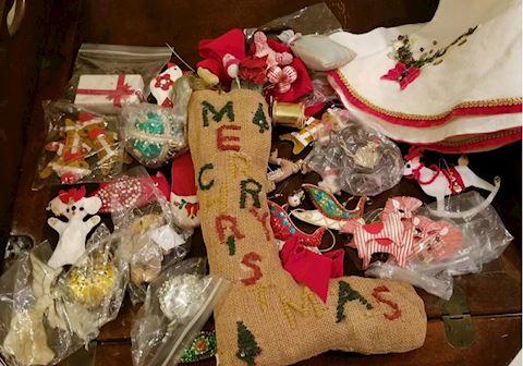 "FR   306   ""Grandmother's handmade felt ornaments"""