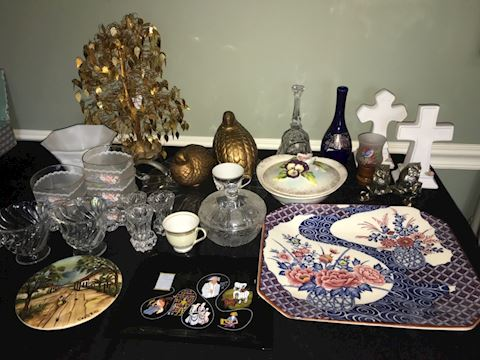 60-piece mixed lot decor, mostly vintage