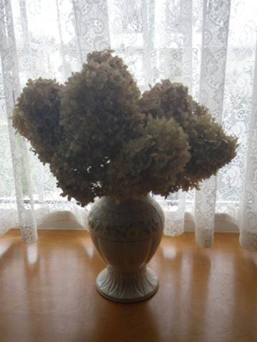 Belleek Millennium 2000 Vase
