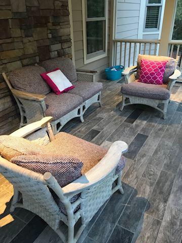 Vintage White washed bamboo patio set