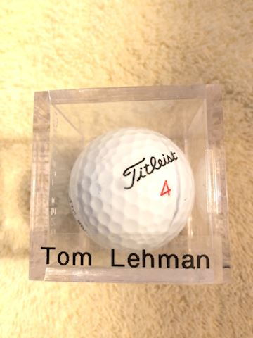 Autographed golf ball Tom Lehman