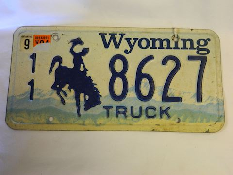 WY Truck Plate