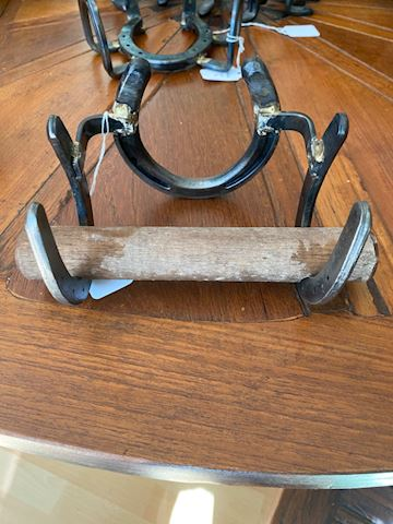 toilet paper holders made out of horseshoes
