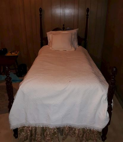 """BR2  120  """"Hand Carved Vintage Twin Bed"""