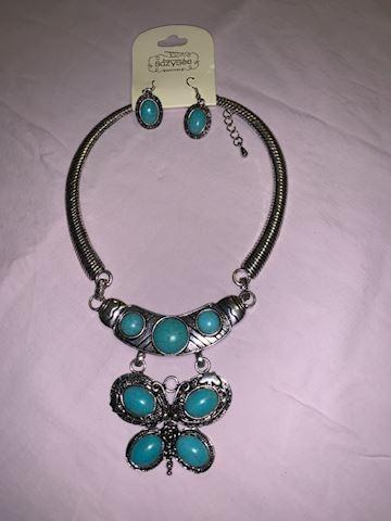 neckace and earrings set