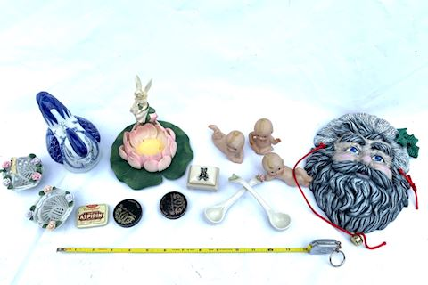 Decor & Collectibles Lot 010