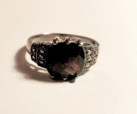 Sterling Silver Garnet Ring - Estate Sale