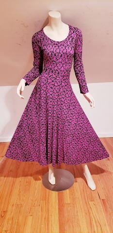 Vtg  full sweep jersey midi dress Kashmir Print