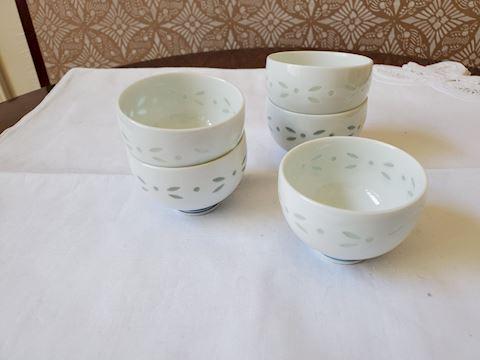 Set of 5 Japanese tea cups