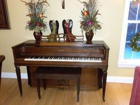 Aerosonic Upright Piano & Bench