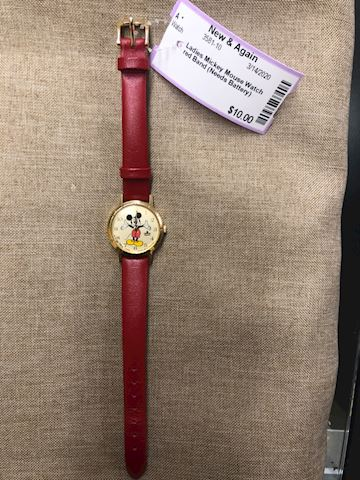 Ladies Mickey Mouse watch red band needs battery