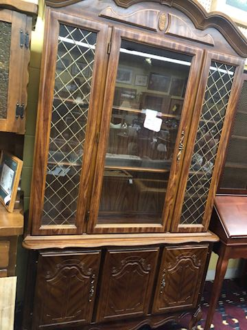 Lighted petite hutch/French design