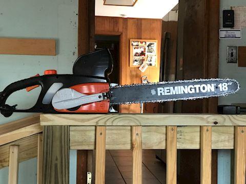 """18"""" Remington Chain Saw"""