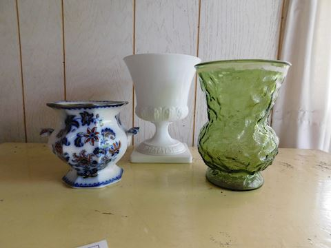 046 Vase Assortment
