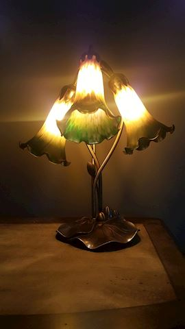 423014 Lily Pad Lamp