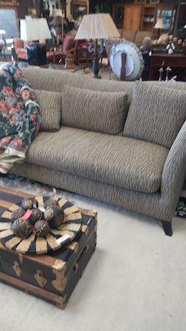 Sofa - #5063