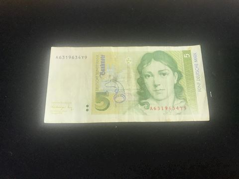 5 Deutsche Bundesbank