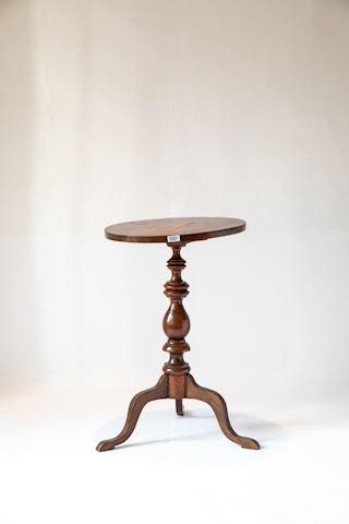 Lot 0001 Mahogany Tilt Top Candle Table