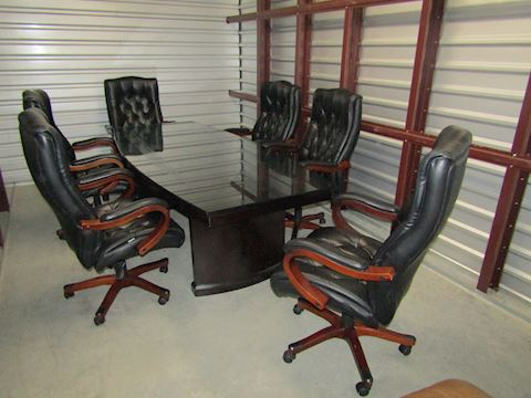 8 ft Glass Top Conference Table w6 leather chairs