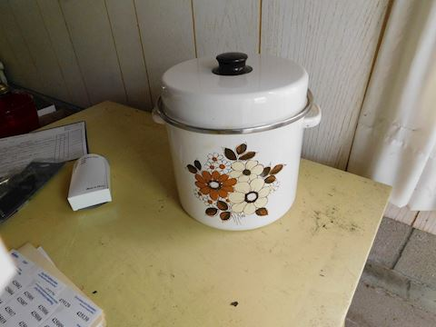 041 Enamel Stock Pot