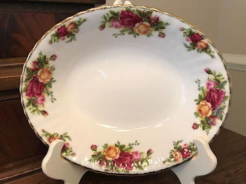 "Royal Albert Vegetable Bowl, 9"""