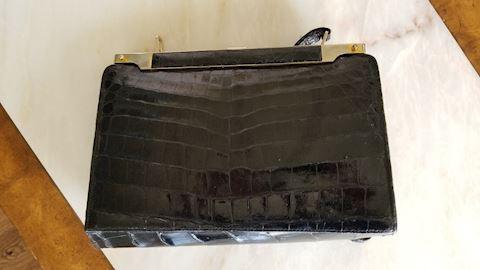 Vacare Overo Argentina Alligator handbag