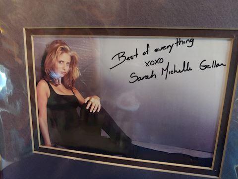 Sarah Gellar Autograph