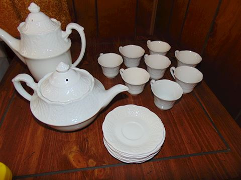 Royal Cauldon Tea Set