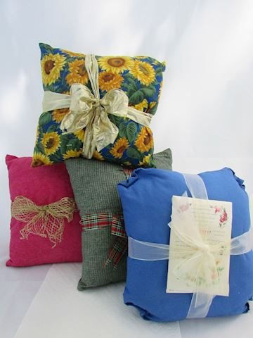 Lot of 4 Handmade Pillows