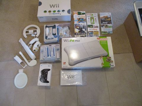Wii controls and accessories
