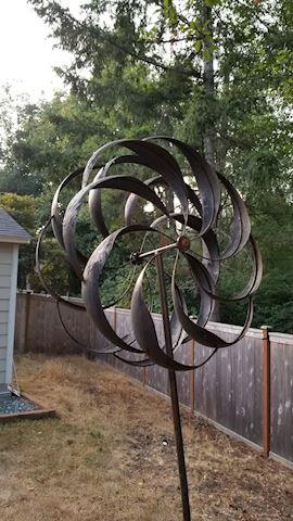 Metal yard decor wind vane