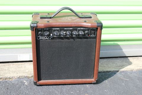 Urban Guitar Amp 15KU