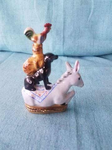 Limoges peint main trinket box, donkey, dog, cat,