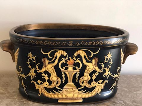 Gold Trimmed planter inside