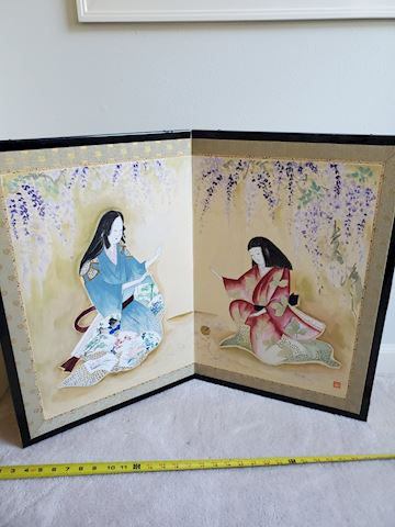 2 panel hand painted screen w/mother and daughter