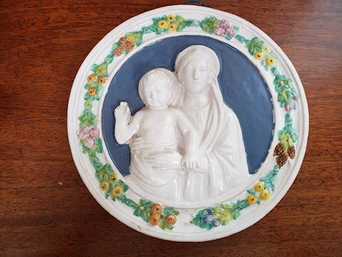 VINTAGE MADONNA AND CHILD WALL PLAQUE DELLA ROBBIA