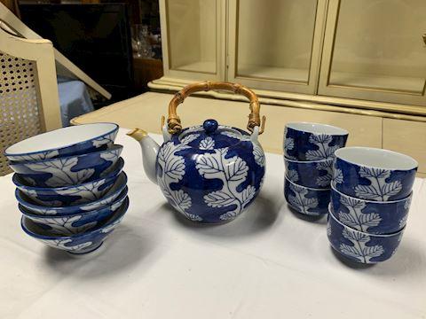 Japanese Style Porcelain Teapot/Tea Cup/Rice Bowls