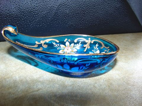 Chinese Painted Slipper Bowl
