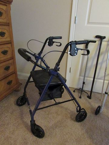 4 Wheeled Black Walker w/Hand Brakes