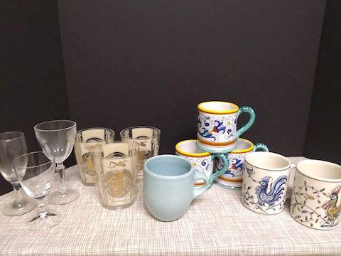 K  106   Assorted Mugs & Glasses
