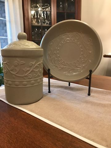 Stoneware plate and canister